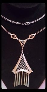 """Jewelry - 22"""" color changing to gold silver copper tones EUC"""